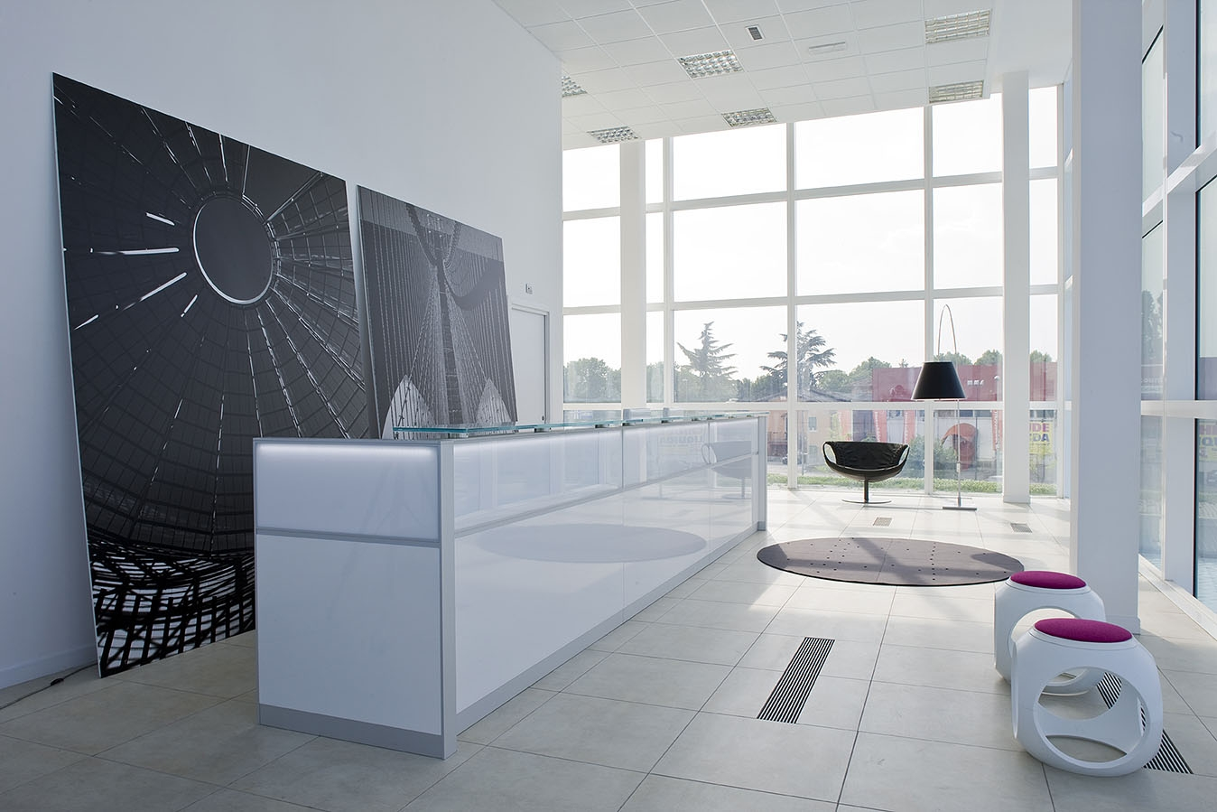 Prompt delivery italian office furniture for Italian office furniture