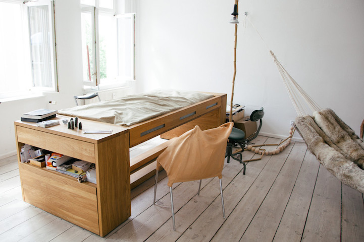 Mira Schroeder desk bed