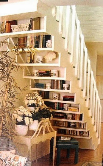 stairs bookshelf