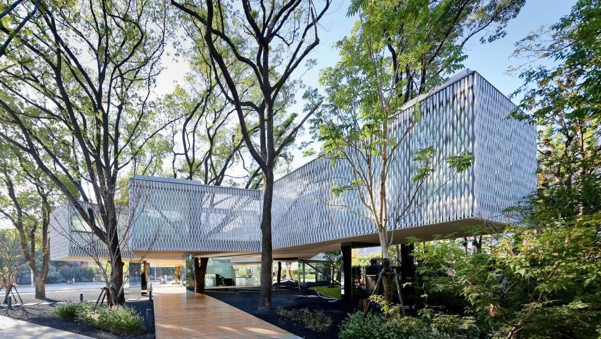 huaxin-business-center-shanghai