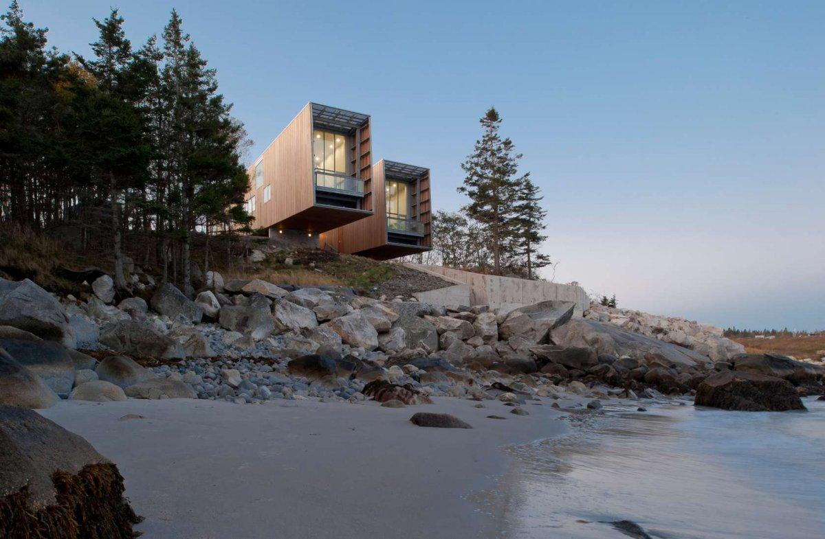 two-hulls-house-canada-mackay-lyons-sweetapple-architects